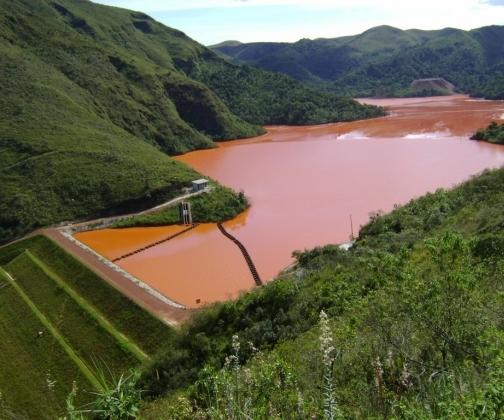 Barragens de rejeitos seriam 10 vezes menos seguras que estruturas similares, sustenta consultor chileno