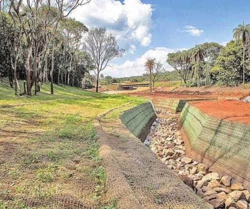 Vale lança projeto piloto para recuperar curso d'água